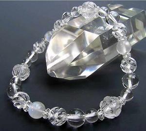 水晶AAA8mmブレス~永遠の神の水